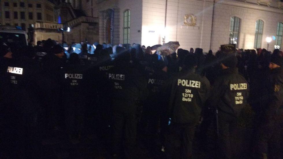 Am 7. November war es an der Augustusstraße zu einer Rangelei gekommen. (Foto: © Twitter.com/@StreetphotoSE)