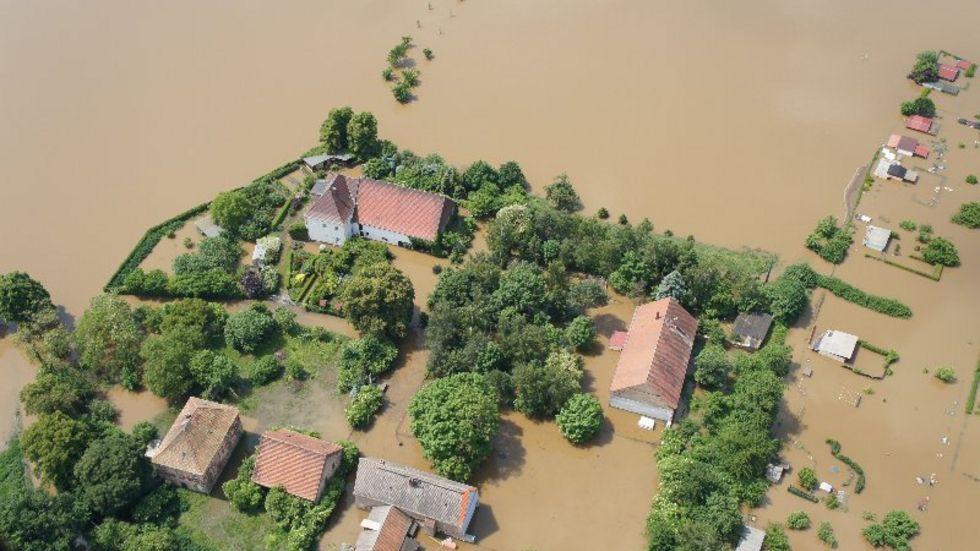 Luftaufnahmen Hochwasser - Zwischen Meißen nach Belgern