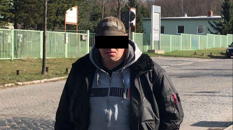 Dirk A. verweigerte die Aussage, gegen ihn wird selbst ermittelt. (Foto: Dresden-Balkan-Konvoi)
