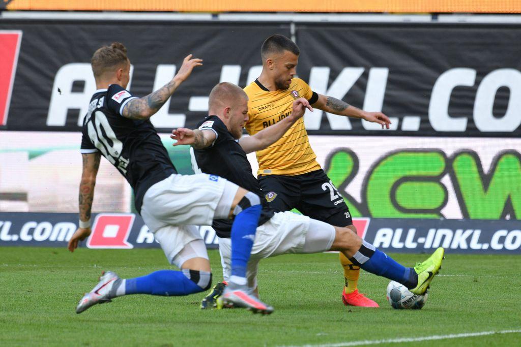 Sg Dynamo Dresden Vs Hamburger Sv Rudolf Harbig Stadion