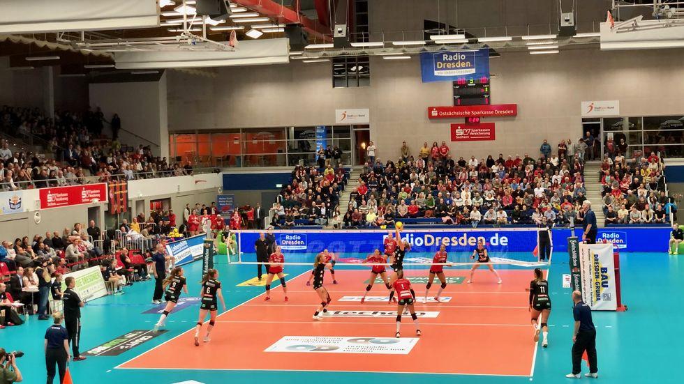 Die DSC-Volleyballerinnen verlieren in der Bundesliga knapp gegen Vilsbiburg, Foto: (c) Redaktion