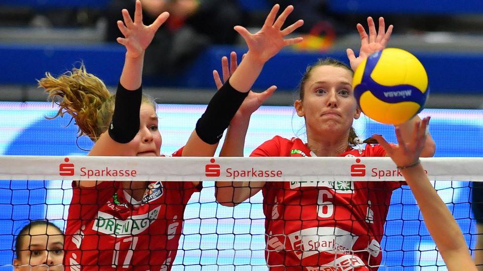 Die Dresdner Volleyballerinnen stehen nach einem 3:0-Sieg gegen Aachen im Pokal-Halbfinale.
