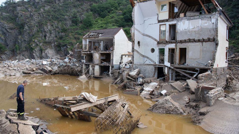 Zerstörtes Haus im rheinland-pfälzischen Mayschloss