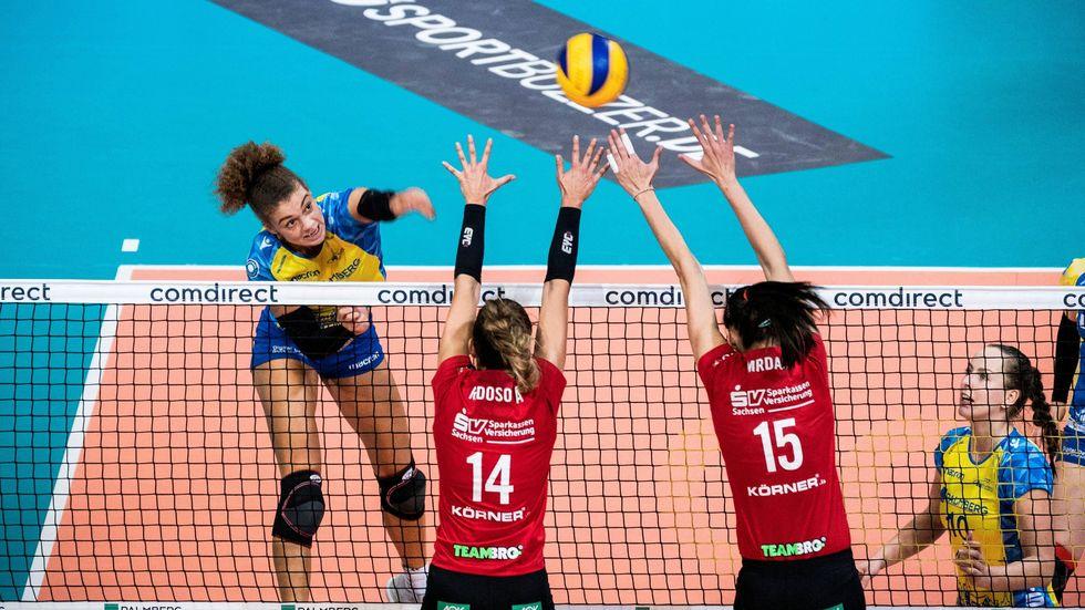 Die DSC-Volleyballerinnen verlieren im Supercup mit 1:3 gegen Schwerin.