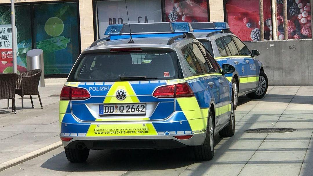 Mehrere Männer begrabschen Mädchen am Wiener Platz   Radio