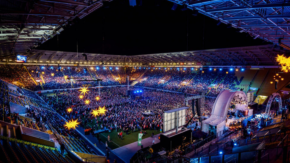 So schön wars immer beim Adventssingen im Dynamo-Stadion