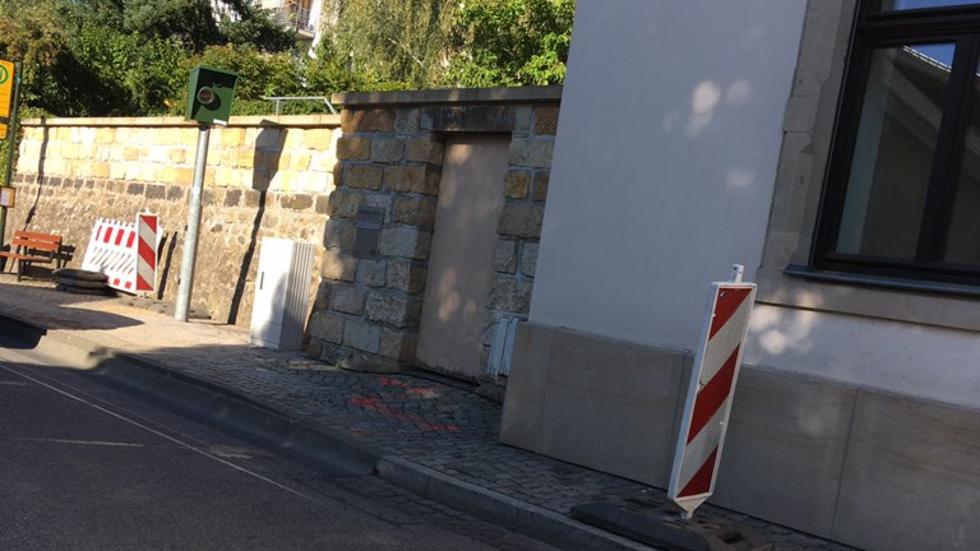 Dieser neue Blitzer auf der Pillnitzer Landstraße hat im ersten Halbjahr 15.000 mal ausgelöst. (Foto: Archiv/privat)