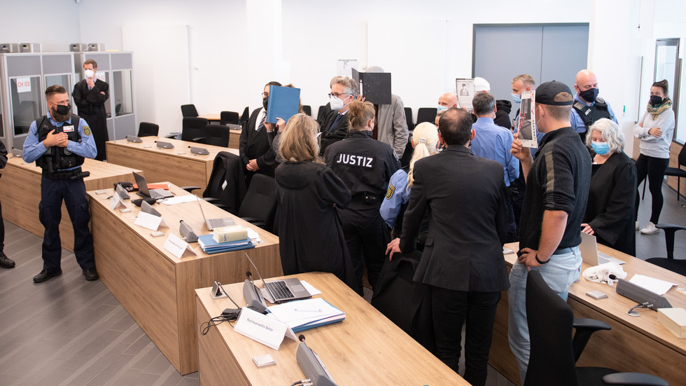 Prozess gegen Lina E. am Oberlandesgericht Dresden