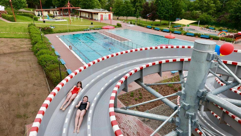 Riesenrutsche Albert-Schwarz Bad in Heidenau
