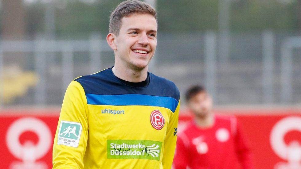 Anton Mitryushkin trainiert zur Probe bei Dynamo mit